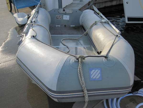 A look at our freshly cleaned dinghy Kya.